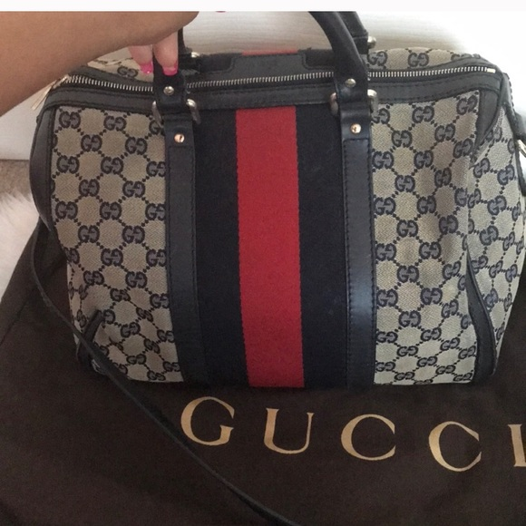8a571f19a49c Gucci Handbags - Gucci Boston Bag - See additional pictures!